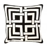 Декоративная подушка Eichholtz 108255 Blakes